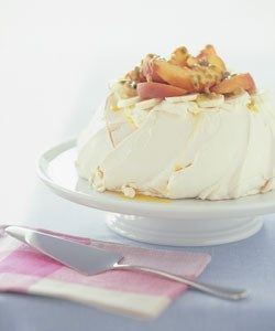 Australia's Women's Weekly recipe - Pavlova