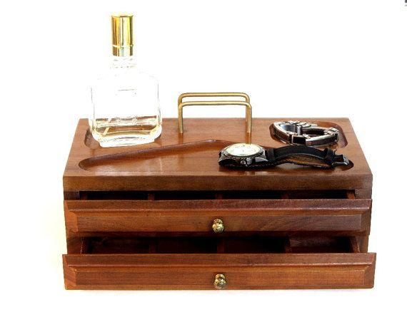 reserved for n vintage men 39 s valet box wood office desk organizer box unisex jewelry case. Black Bedroom Furniture Sets. Home Design Ideas