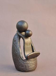 SCULPTURES JEAN PIERRE AUGIER Maternité (émerillon)