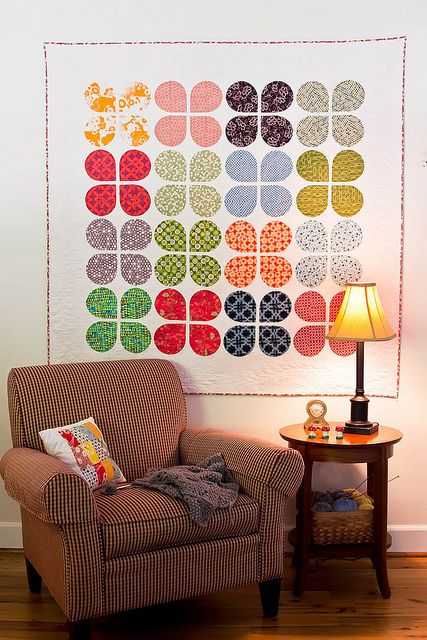 Retro Flowers Quilt by The Sometimes Crafter