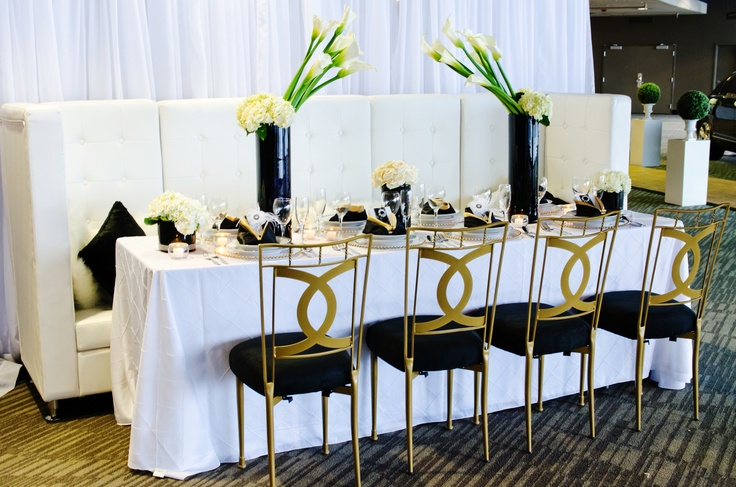 1000 images about black white and gold tablescapes on for Black and white tablescape ideas