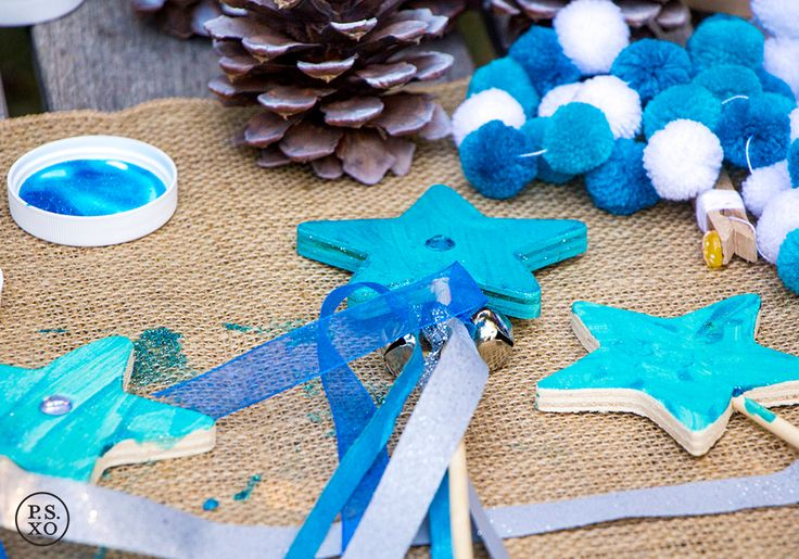 P.S. XO | DIY star wand craft for a Frozen-themed party!