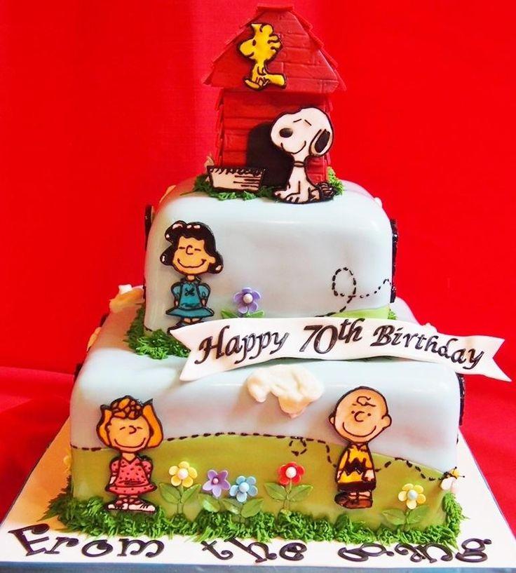 200 best PeanutsCharlie Brown Cakes images on Pinterest Snoopy