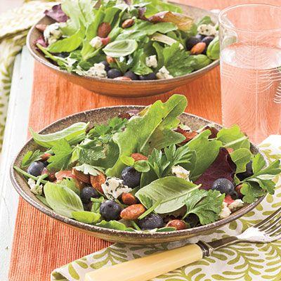 Fresh Blueberry Recipes: Blueberry-Gorgonzola Salad