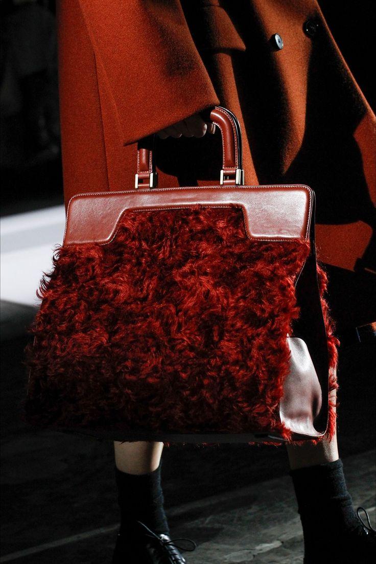 Tendenza moda inverno 2018: tutte le borse must have