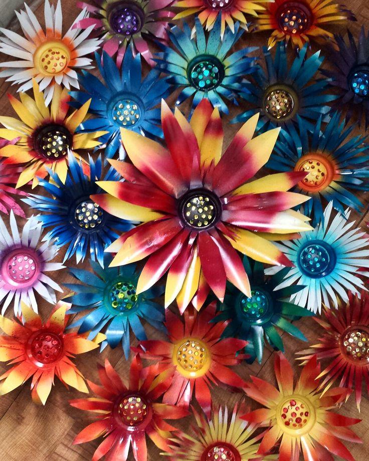 So many beautiful flowers!