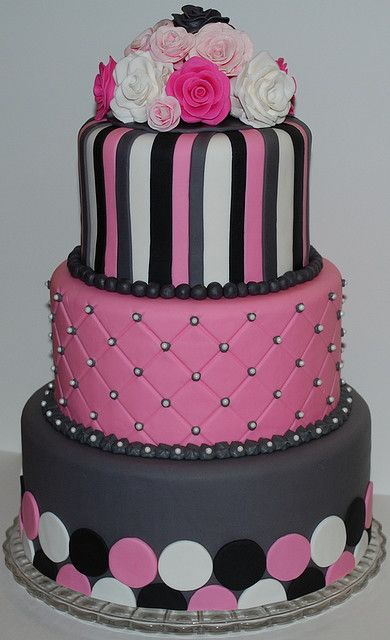 Pink and grey: Polka Dots, Pink Cakes, Cakes Decoration, Grey Weddings, Black White, Grey Cakes, Cakes Idea, Pink Black, Birthday Cakes