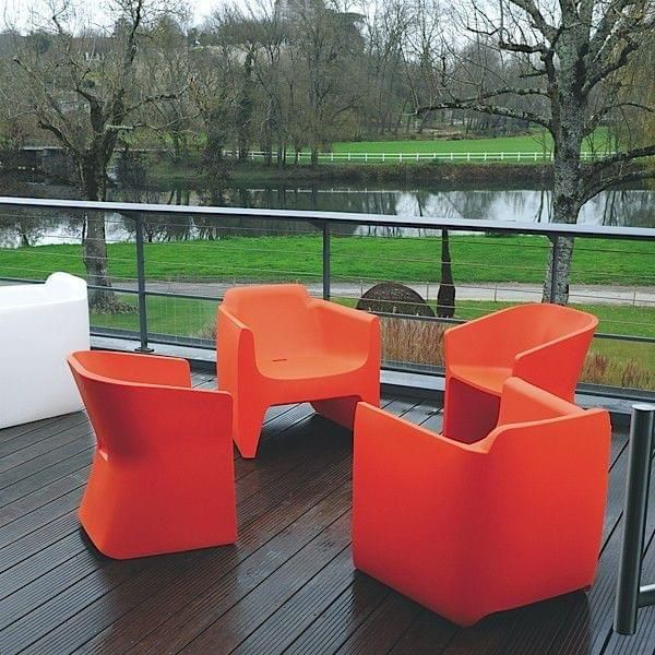 The comfort of TRANSLATION ARMCHAIR encourages with the relaxation, indoor and outdoor - deco and design, QUI EST PAUL