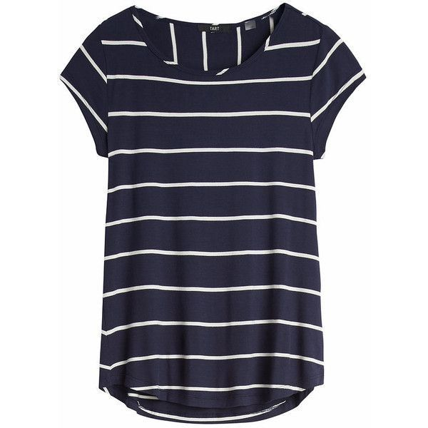 cute casual short sleeve top.  Need something like this for laid back days