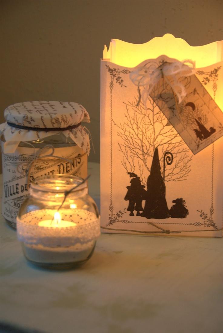 Idee om ipv het silhouet op een glaasje te plakken het op zo'n kaarszak te plakken... Deze zak met thee 'oud' maken. Brocante Sinterklaas Lantaarn van Jalien.nl