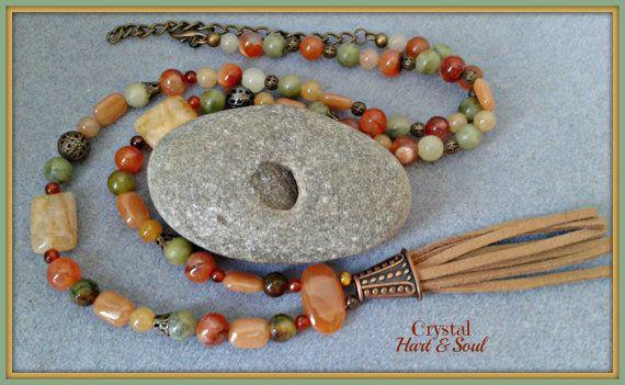 Boheemse kwast ketting, Boho Hippie lange kwast ketting, oranje, groen kristal ketting, CrystalHartandSoul sieraden