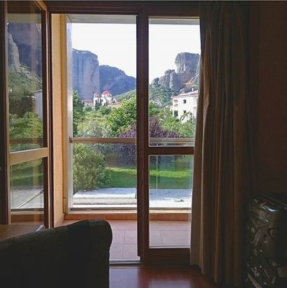 Nestled nearby the Religious Rock of Meteora, Divani Meteora Hotel enjoys the intimate atmosphere of a secret getaway, ready to be discovered! Enjoy the weekend everyone!