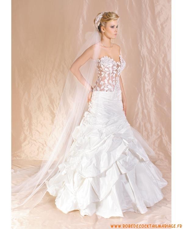 A-Ligne Princesse Sans Bretelle blanche Élégante Robe De mariée en taffetas