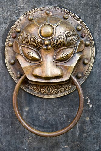 Door knocker | Flickr - Photo Sharing!