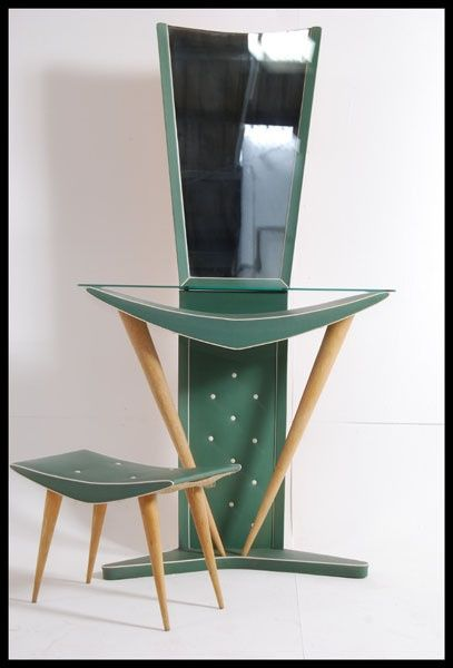 Truly Atomic Bedroom Vanity furniture: make-up table, mirror, bench. Absolutely so Jetsons!