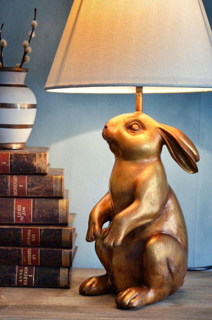 Gold rabbit lamp <3