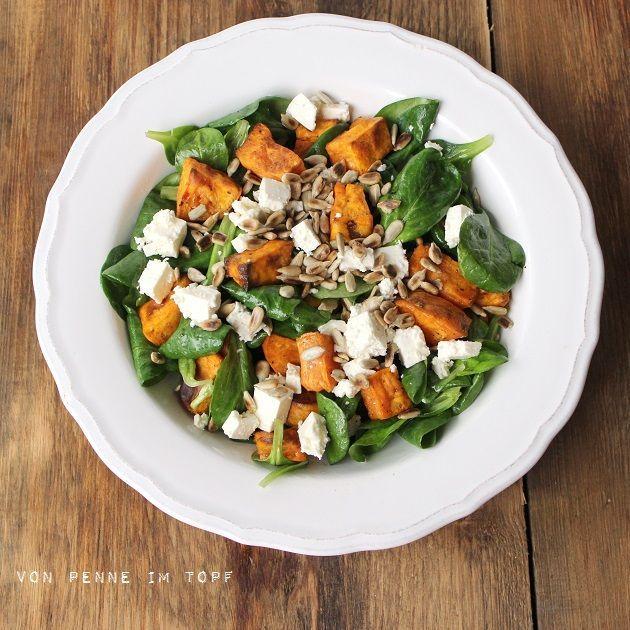 Vielleicht werde ich ja doch noch zum Salatesser. Zumindest habe ich jetzt schon ein paar Salate gegessen, die ich richtig lecker fand. Das ist wirklich erstaunlich, es ist nämlich noch gar nicht allz