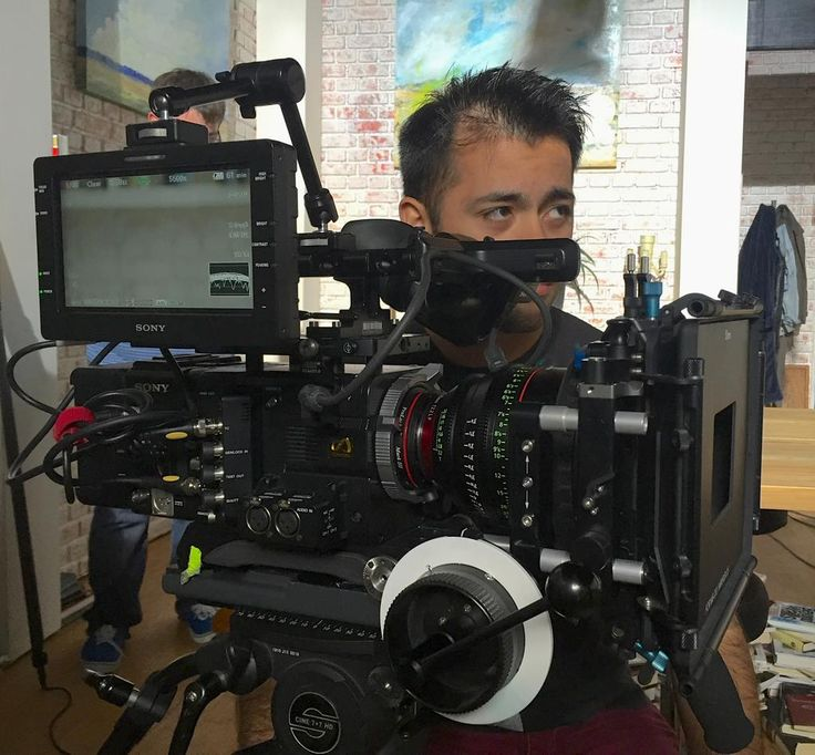 #RIGSHOTS from @ODUfilm: #18Mornings camera operator Sergio Lorenzana preparing a shot on #F55