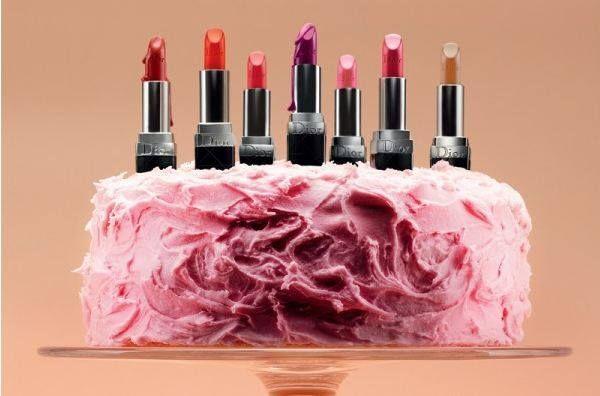 Lovin the Lipstick Cake!