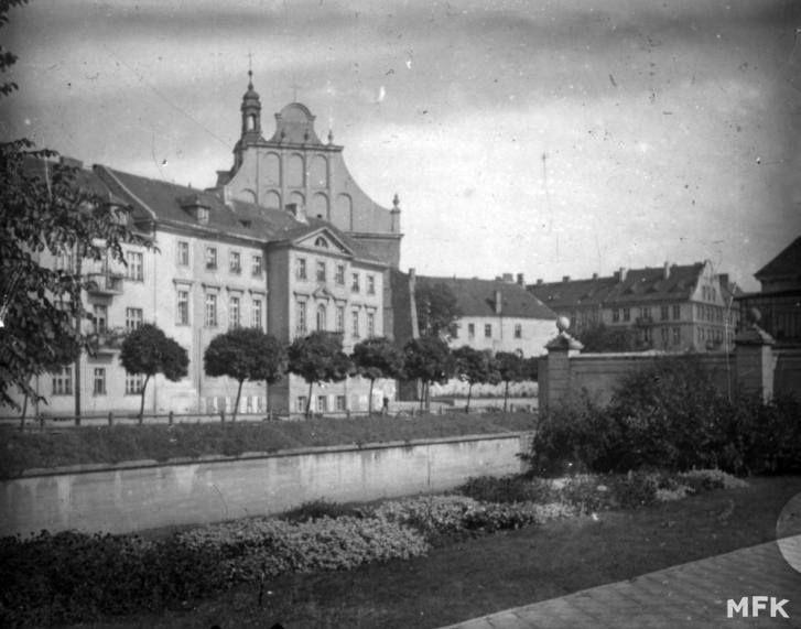A municipal hydroelectric power station in Kalisz  (circa 1923)