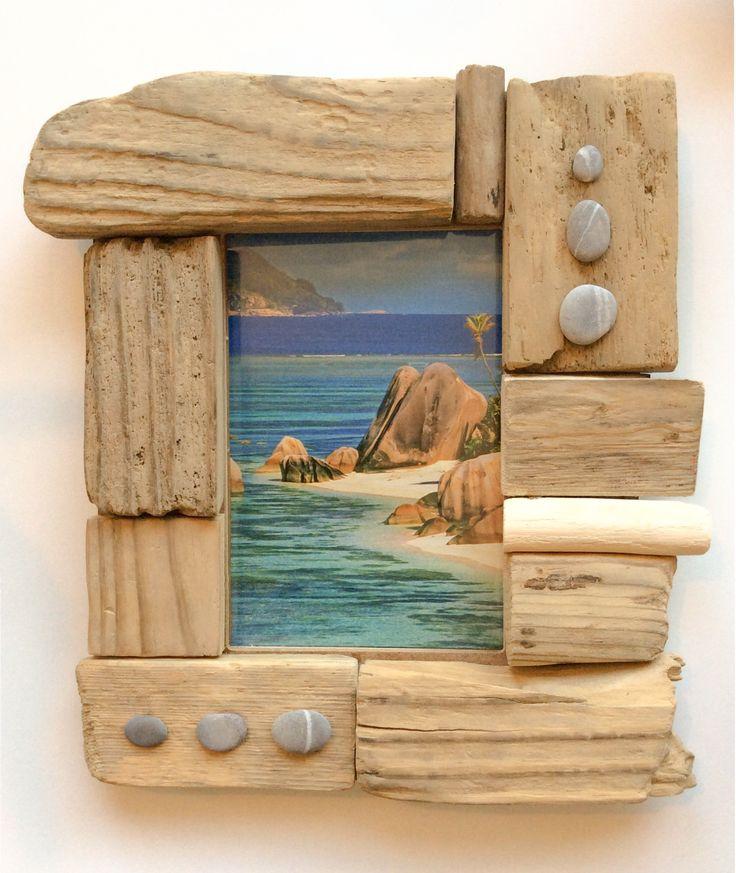 les 42 meilleures images propos de cadres en bois flott sur pinterest cadre de coquilles. Black Bedroom Furniture Sets. Home Design Ideas