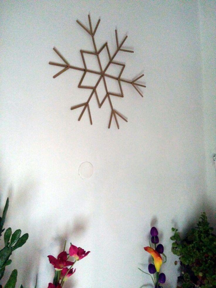 Popsicle golden snowflake ❄