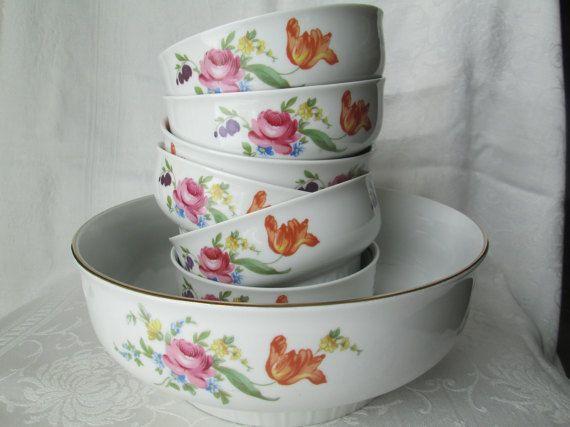 Vintage Henneberg Porzellan Salad/Fruit Bowl Set German