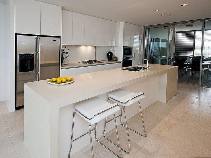 Modern island kitchen design using slate - Kitchen Photo 491836