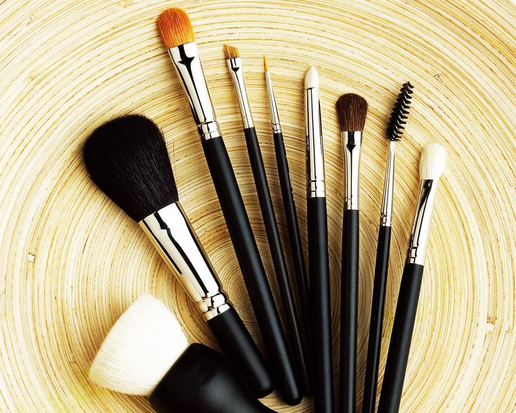 Someday, to own that perfect set of perfect make-up brushes...