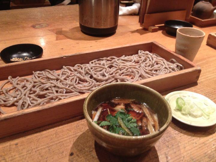 和食もおいしいお蕎麦屋さん。くるみだれがおすすめ。