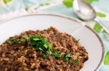 Rostlinné bílkoviny: Základ veganské stravy | Soucitně