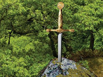Story of Medieval England: From King Arthur to the Tudor Conquest
