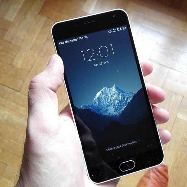 On insère la carte SIM et en route pour le test du Meizu M2  #meizu #meizum2 #smartphone #phone #test #android #instacool #instamasculin