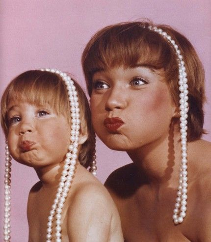 Shirley MacLaine and daughter Sashi Parker (photographed by Allan Grant)