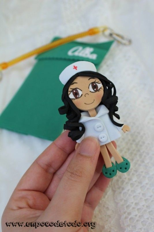 bf1429e431a www.unpocodetodo.org - Salvabolsillos de Irene Alba y Noelia -  Salvabolsillos - Broches - Goma eva - crafts - custom - customized - …