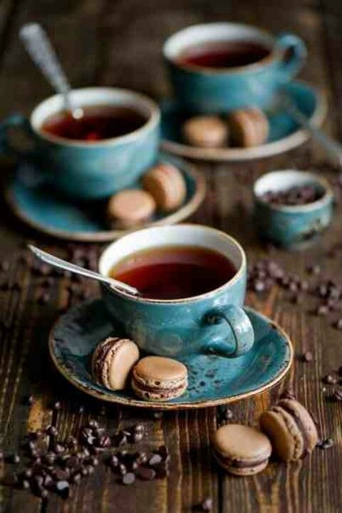 tea- blue and red