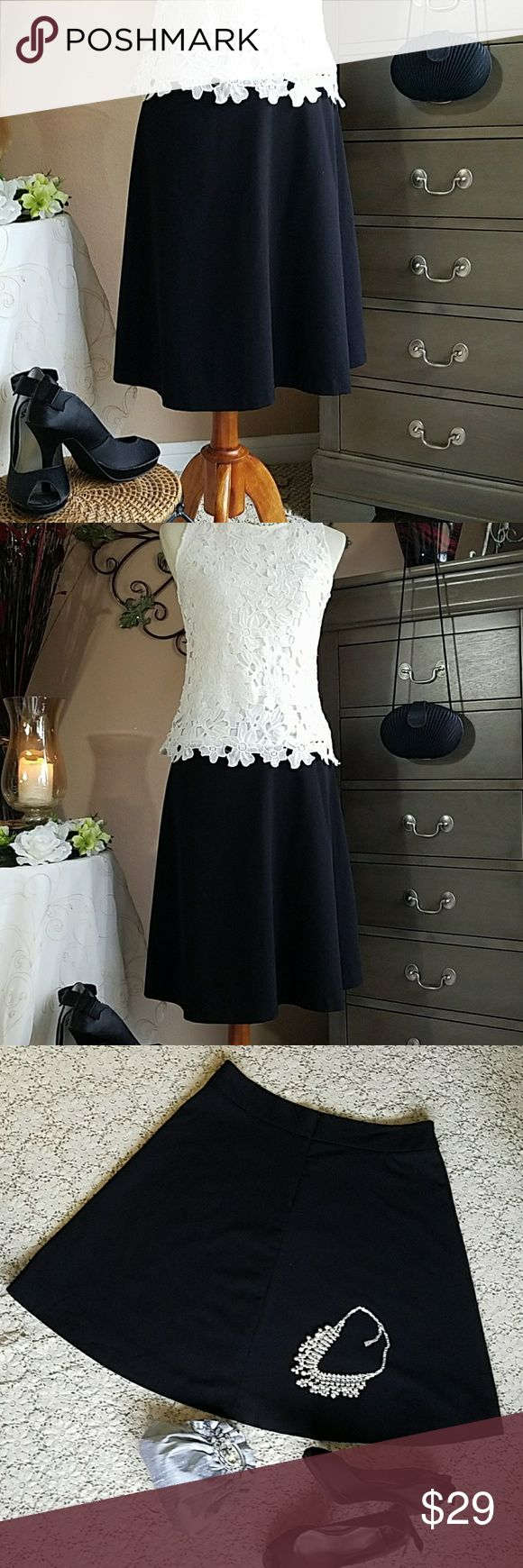 ❤ WHBM Black Circle Skirt ❤ ❤ Gorgeous Black Circle Skirt ❤ wide waist band back hidden zip & hook closure, fully lined, measures 22 Length in Pristine condition 👍👍 White House Black Market Skirts