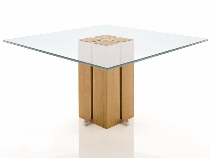 ALRIA QUADRAT   Ein eleganter Materialmix zeichnet den Säulen Esstisch Alria Quadrat aus. Egal ob Sie einen Säulen Glastisch oder einen Säulen Massivholztisch suchen - er kann entsprechend bestellt werden. Ein Designer Esstisch, den nicht jeder hat. Jetzt konfigurieren