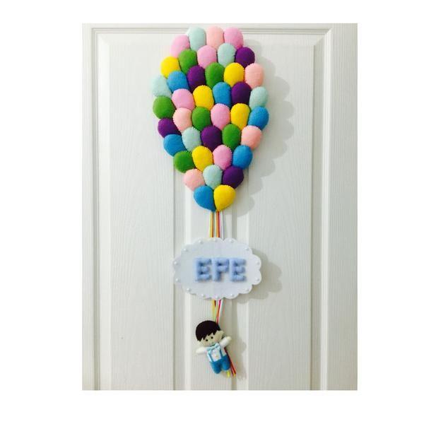 Keçeden annenin istediği renklerde hazırlanan kapı süsü Satın almadan önce isim bilgisi ve teslim tarihi ile ilgili bilgi için mesaj bölümünden ulaşın