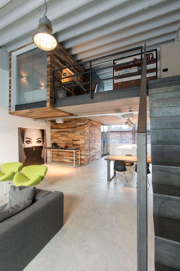 OBLY - Binnenkijken in een loft: industrieel wonen in een oude fabriekshal.