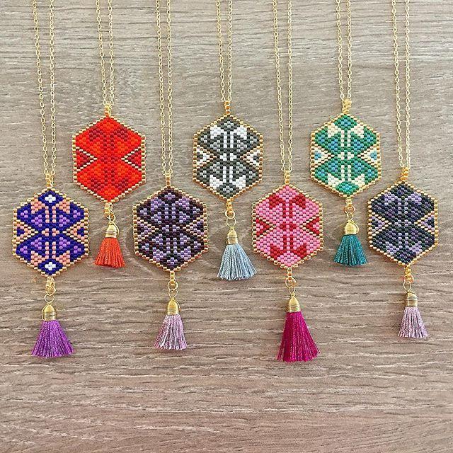 Magic Dreamcatcher Hexagons #lafoxguadalajara #necklace #collar #tassel #color #colorful #red #ultraviolet #purple #green #blue #love #instagood #miyuki #orolaminado #24k #style #luxury #fashion #moda #woman #handmade #mexico #guadalajara #followme #dreamcatcher #friends