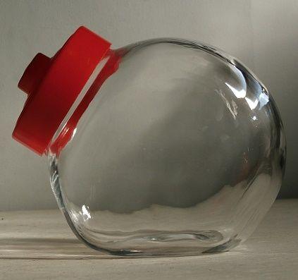 丸猫瓶/菓子瓶/ガラスキャンディポット/ガラスキャニスター 蓋:プラスチック/赤 size: L20×H16.5×W11.5(cm)
