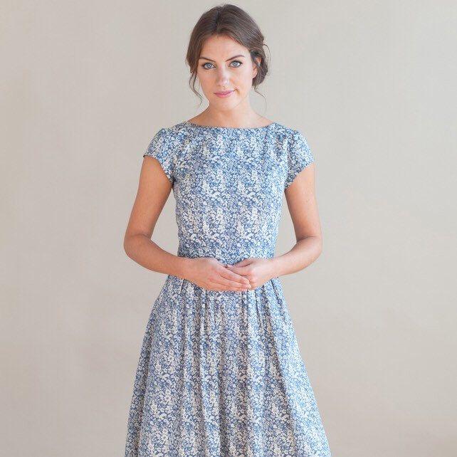 Best 25  Blue floral dresses ideas on Pinterest | Short prom ...