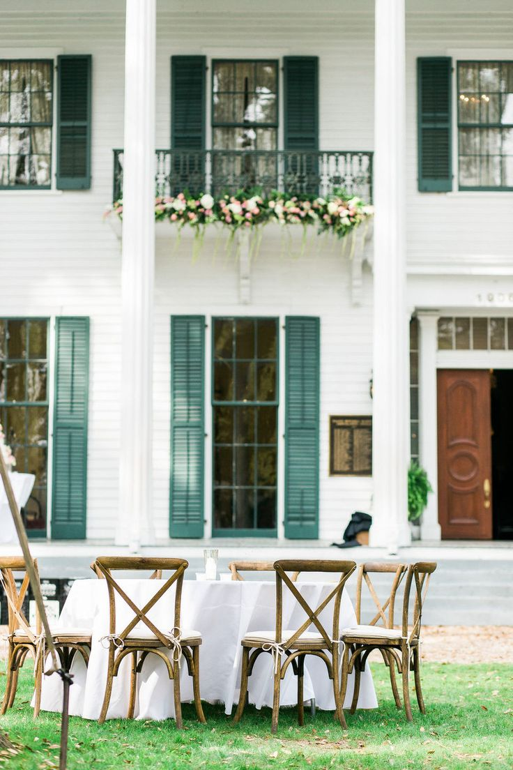 Long Distance Romance Leads To Azalea Studded Spring Wedding In Mobile