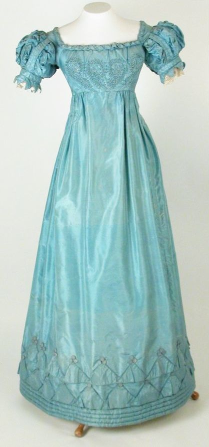Dress, 1820-1825 National Trust Killerton House collection