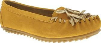 Hush Puppies Yellow Create Tassle Womens Flats The popular go-to moccasin arrives at schuh with a fresh new colourway. The Hush Puppies Create Tassel features mustard yellow nubuck upper with a cushioned insole allowing you to shop til you drop. A http://www.comparestoreprices.co.uk/january-2017-8/hush-puppies-yellow-create-tassle-womens-flats.asp