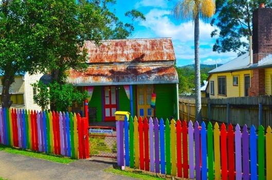 The Rainbow Cottage in the kooky village of Nimbin Australia #hippies #flowerpower #love