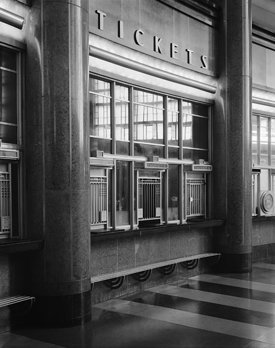 Chapter 26: Cincinnati Union Terminal, interior. Art Deco