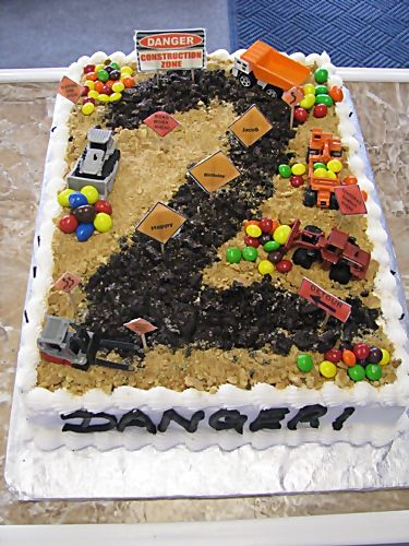 construction cake designs | Nadine: Thanks. Your job sounds pretty interesting! I hope you try it ...