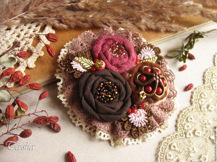 """Купить """"Вишня в шоколаде"""" брошь - брошь цветок, брошь, брошь цветок нежный, броши из ткани"""